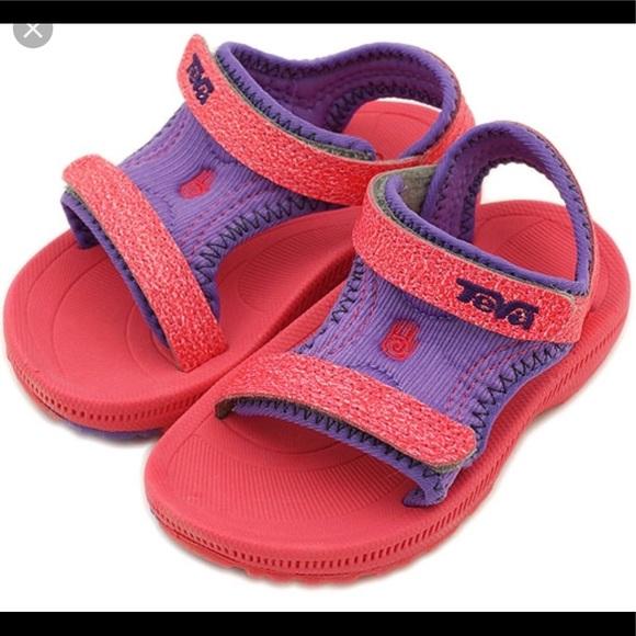 b232b8a5a TEVA Psyclone toddler kids sports sandals Sz7. Teva.  M 5cb28c1819c15757d3e06775. M 5cb28c1a08d2c2e2fdd8036c.  M 5cb28c1d7f617f4e4054c3fb